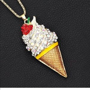 Jewelry - Crystal Rhinestone Ice Cream Necklace